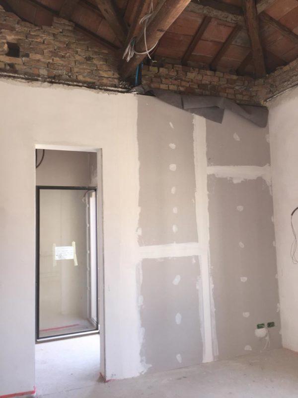 stiferite RP parete