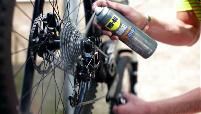 lubrificare catena bici