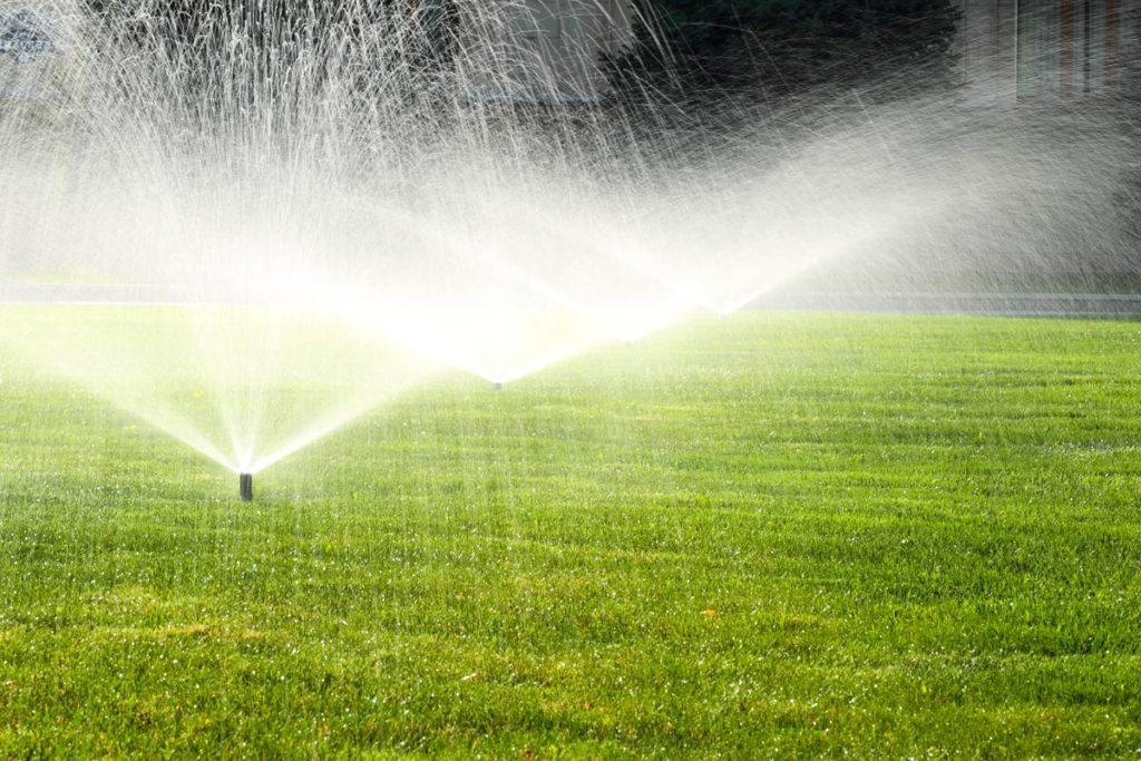 Irrigatori rotanti e pulsanti