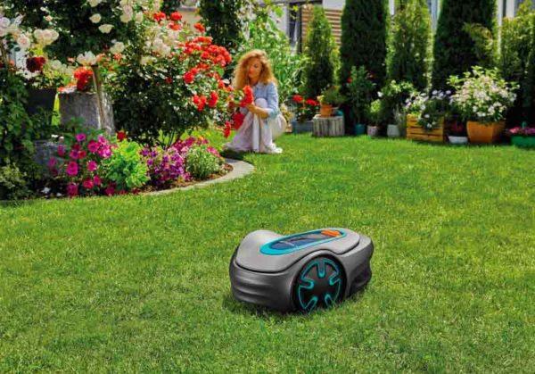 robot rasaerba Sileno Minimo Gardena